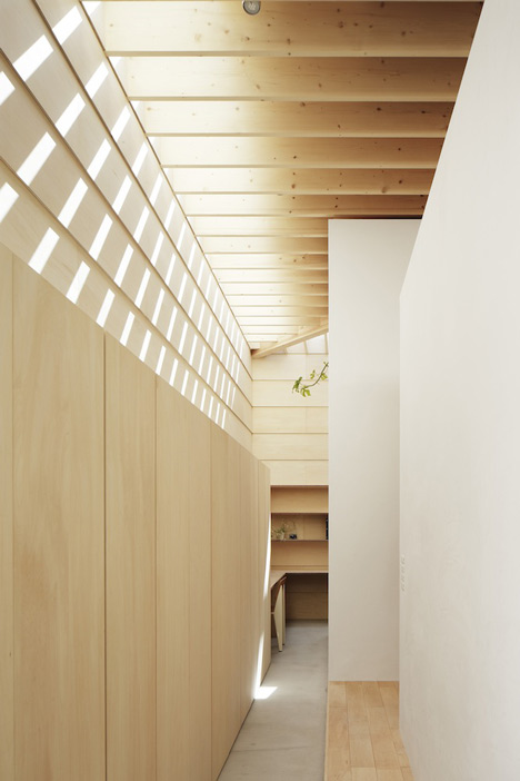 dezeen_Light-Walls-House-by-mA-style-architects_20