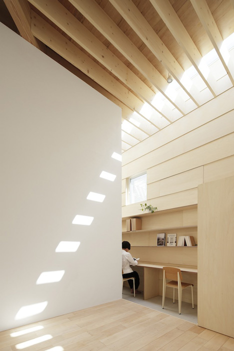 dezeen_Light-Walls-House-by-mA-style-architects_22