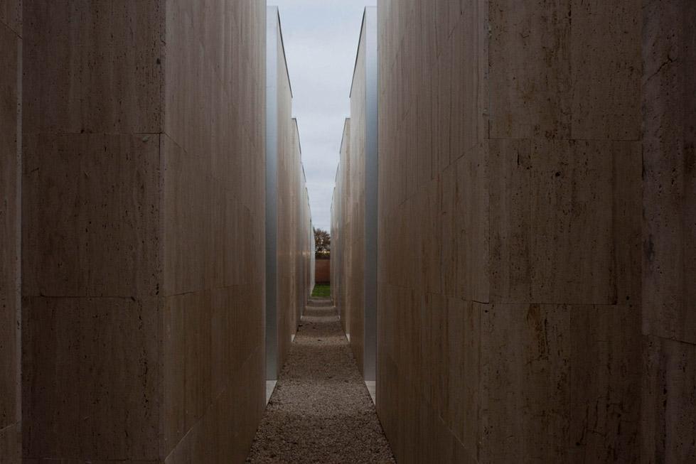 古比奥墓地的扩建 (13)