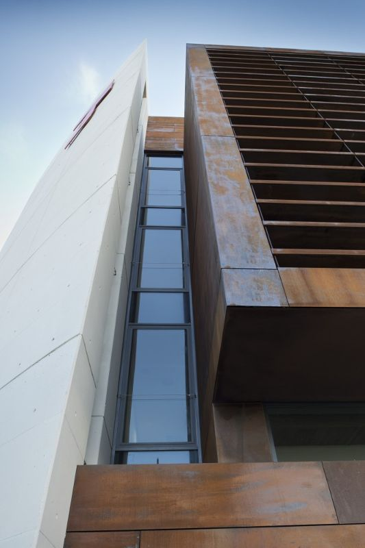 西班牙,阿拉瓦维多利亚,某办公楼  LH14 Arquitectos (4)