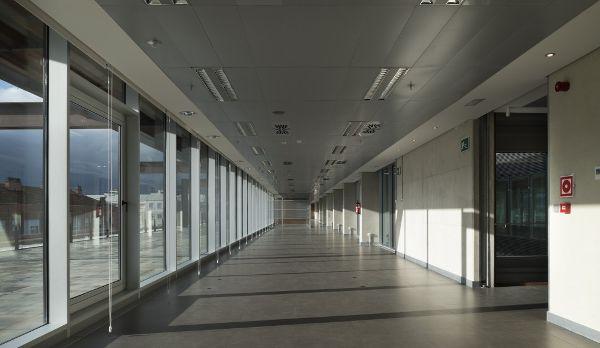 西班牙,阿拉瓦维多利亚,某办公楼  LH14 Arquitectos (6)